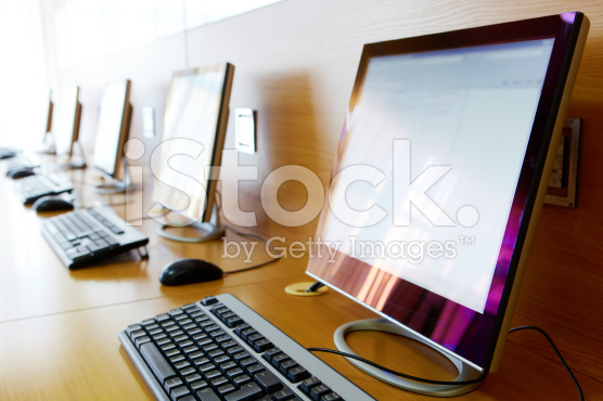 Difference Between Advantages and Disadvantages of Using Computer