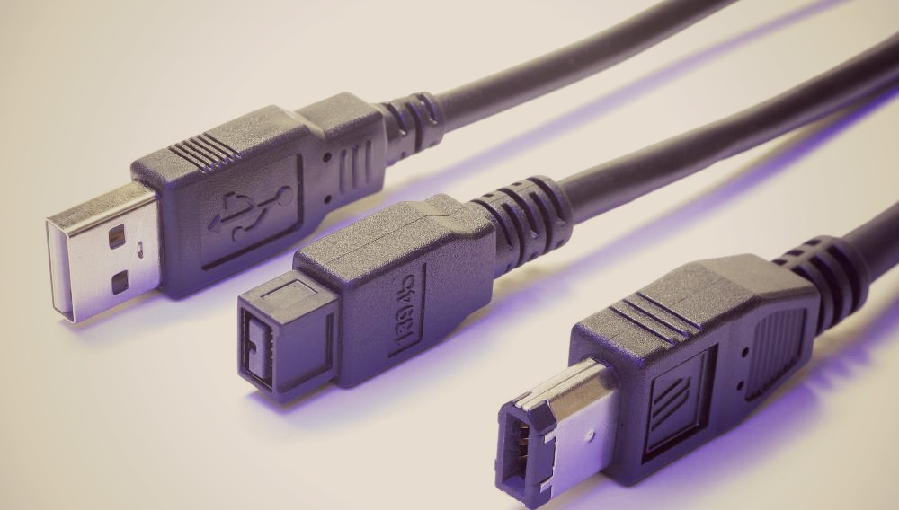 Difference Between USB Port and FireWire Port